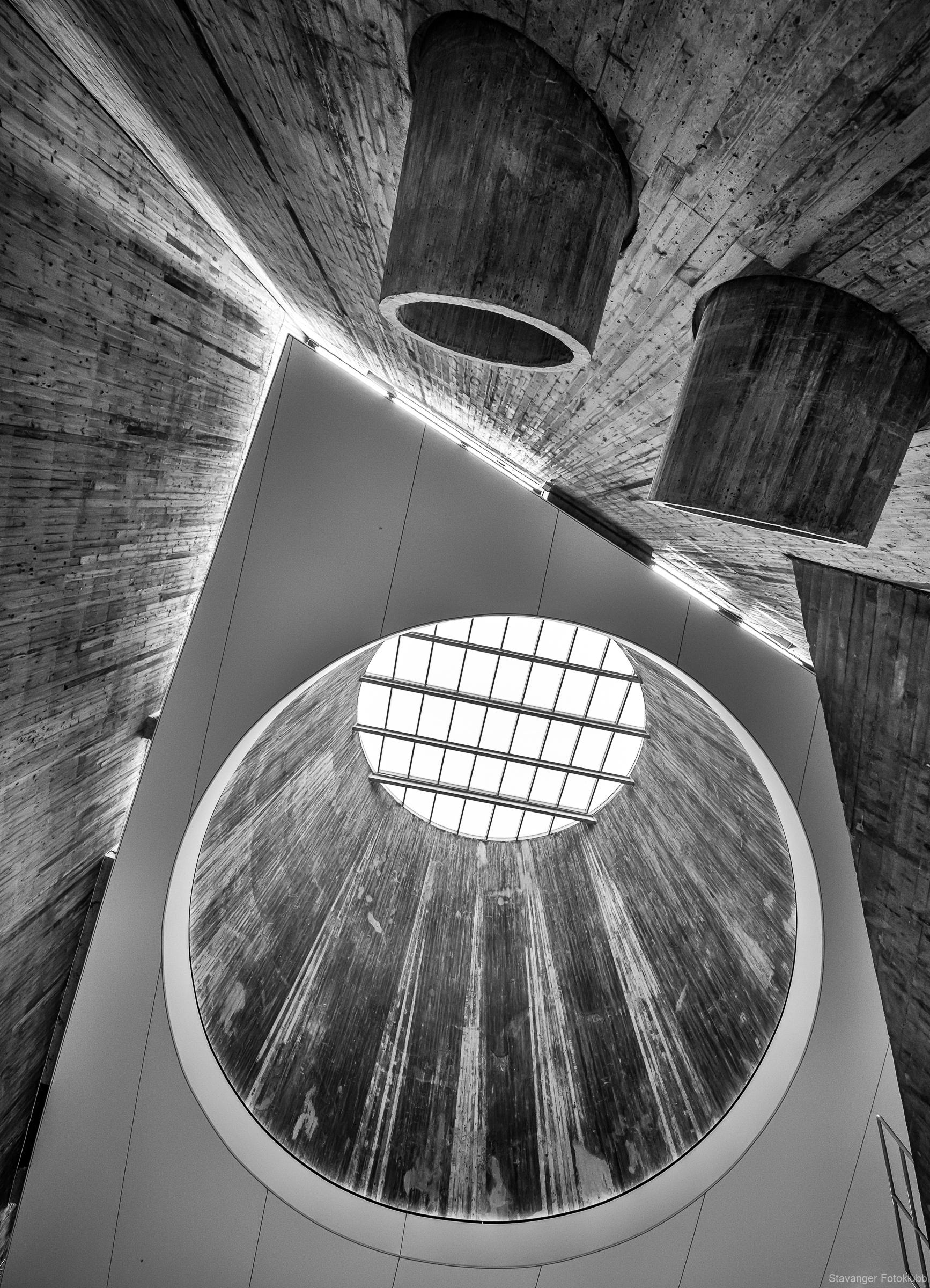 2.Plass-Tema(Arkitektur)-Rune-Helliesen